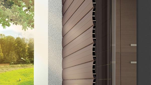 Tapparella avvolgibile indeformabile con rinforzo in PVC brevettato