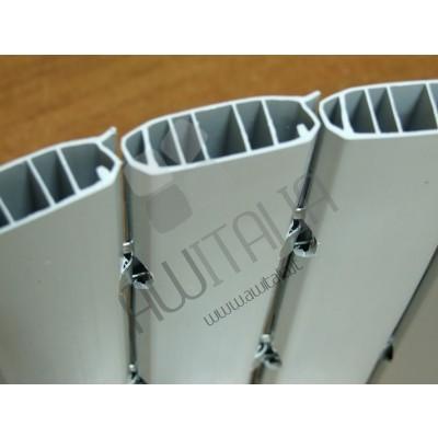 Tapparella avvolgibile in plastica con ganci in acciaio